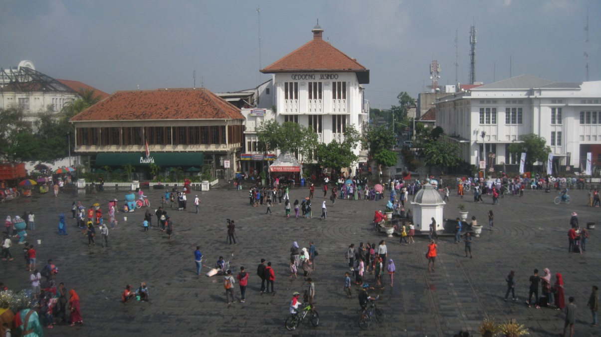 Fatahillah Square, 2015 photo by Bambang Eryudhawan